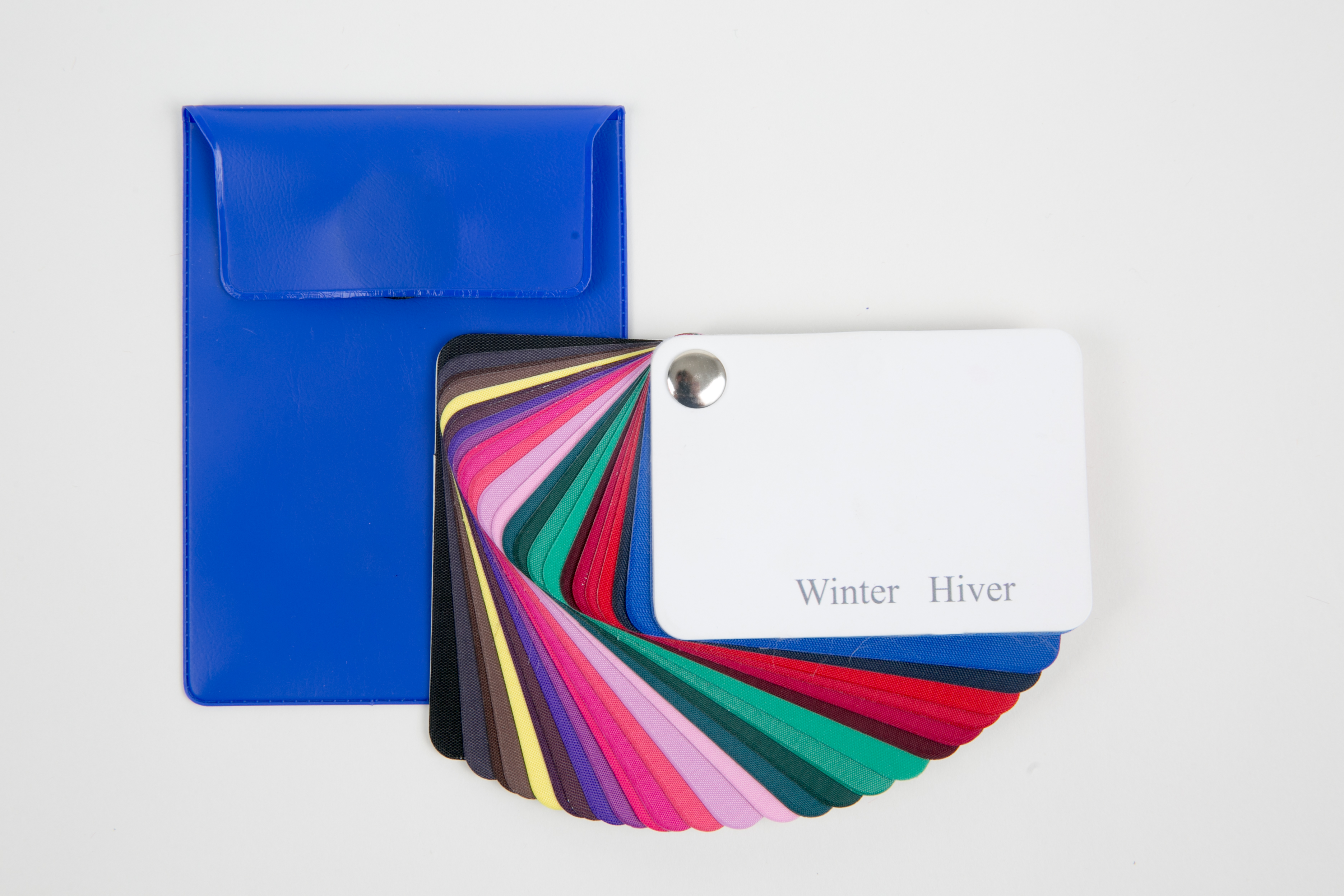Luxe stoffen kleurenwaaier winter ziezo kleur stijl